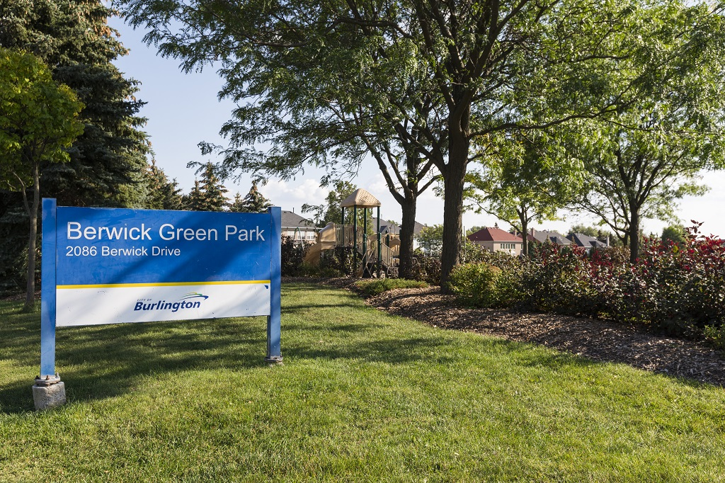 \\cob.burlington.ca\Shares\DepartmentFolders\rec\PROGRAM SECTION\MARKETING UNIT\PICTURES\From Kien\Summer 2017\Berwick Green Park\!Berwick Park.jpg