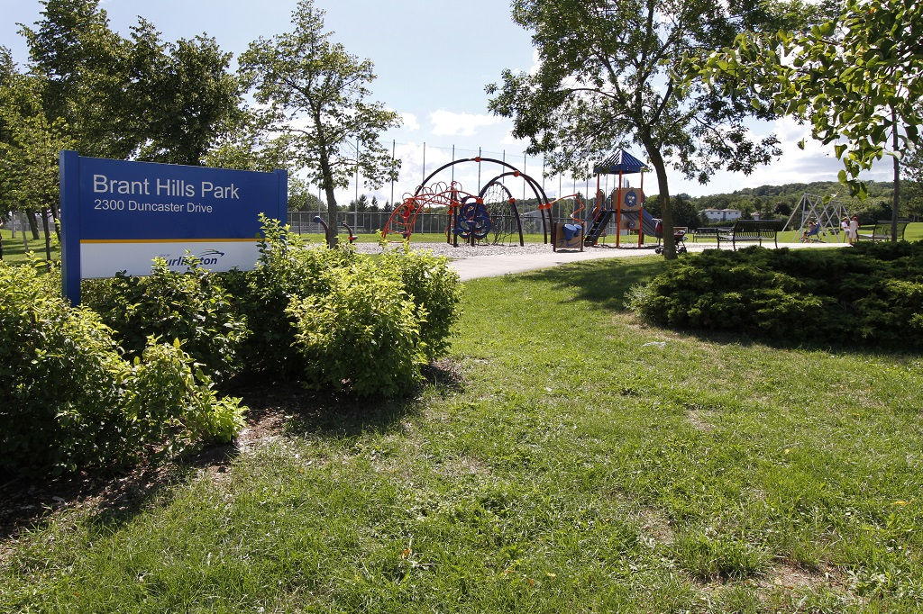 BH WITH SIGN AND PLAYGROUND (1024).jpg