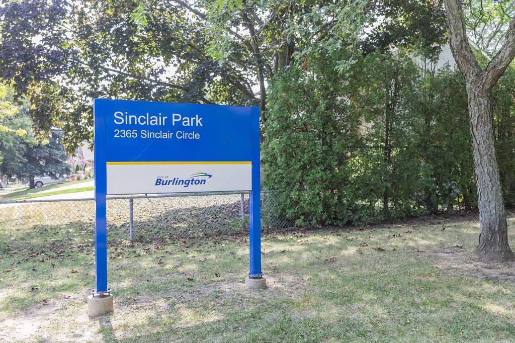 \\cob.burlington.ca\Shares\DepartmentFolders\rec\PROGRAM SECTION\MARKETING UNIT\PICTURES\From Kien\Summer 2017\Sinclair Park\!Sinclair Park.jpg